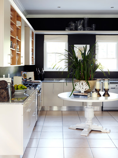 3 Ways To Update Your Kitchen_tentionfree.com
