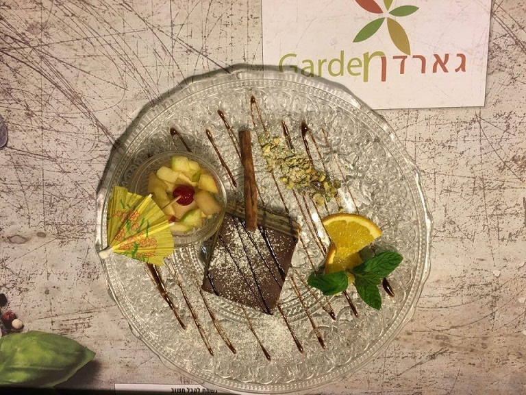 Restaurants in Haifa - Garden Restaurant Desserts