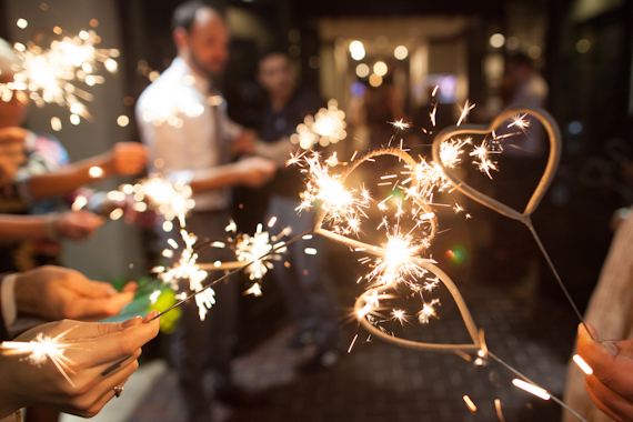 Can I Use Sparklers at my Wedding Venue_tentionfree.com